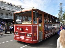 Chariot rouge en Anzac Day Parade : Fremantle, Australie occidentale Images stock