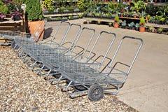 Chariots à jardin de pépinière image libre de droits