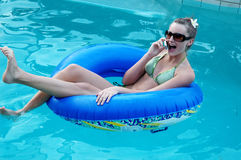 Charla de la piscina de la diversión Imagen de archivo