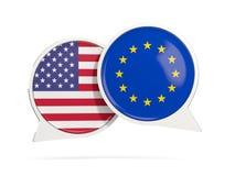 Charle las burbujas de los E.E.U.U. y de la UE aislados en blanco Fotografía de archivo libre de regalías