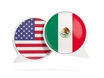 Charle las burbujas de los E.E.U.U. y de México aislados en blanco Imagenes de archivo