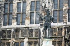 Charlemagne Statue in Akwizgran-stadscentrum stock fotografie