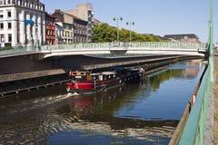 Charleroi-Bryssel kanal royaltyfria bilder