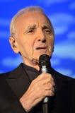 Charles Aznavour ζωντανό στη συναυλία στοκ φωτογραφία