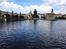 Charles-Brücke - Prag lizenzfreie stockfotografie