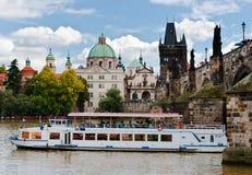 Charles Bridge, Πράγα, Δημοκρατία της Τσεχίας Στοκ εικόνα με δικαίωμα ελεύθερης χρήσης