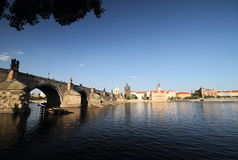 Charles Bridge and the Boat Royalty Free Stock Photography