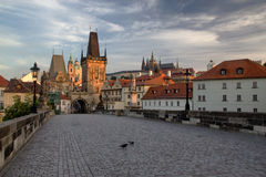 Charles Bridge in the early morning (Prague) Royalty Free Stock Photos