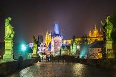 Charles Bridge en Mala Strana, Praag, Tsjechische Republiek royalty-vrije stock foto