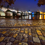 Charles Bridge i Prague Royaltyfria Foton