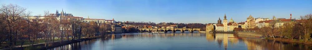 Charles Bridge - Karluv mest Royaltyfria Foton