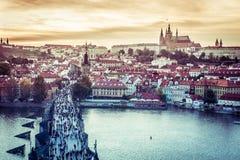 Charles Bridge och annan siktar i Prague Royaltyfria Bilder