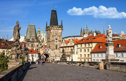Charles Bridge in Praag Stock Foto's