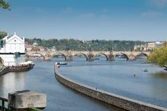 Charles Bridge in Praag stock foto's