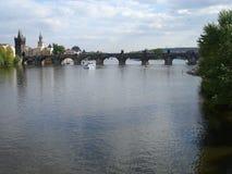 Charles Bridge in Praag Royalty-vrije Stock Afbeeldingen