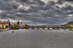 Charles Bridge, Praag - HDR Stock Foto