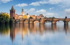 Charles Bridge in Praag, Tsjechische Republiek Stock Afbeeldingen