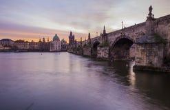 Charles Bridge, Prag morgens stockfoto