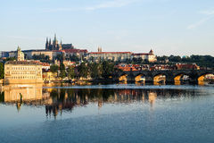 Charles Bridge in Prag - Tschechische Republik Lizenzfreie Stockbilder