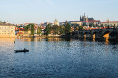Charles Bridge in Prag - Tschechische Republik Lizenzfreie Stockfotos