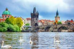 Charles Bridge, Praga Imágenes de archivo libres de regalías