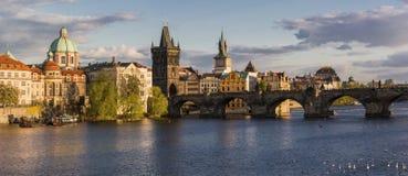 Charles Bridge a Praga fotografia stock