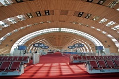 Charles de Gaulle paris för flygplats 2e terminal Royaltyfri Fotografi