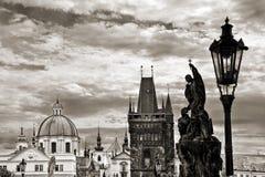 Charles most, czarny i biały, Praga Zdjęcia Royalty Free