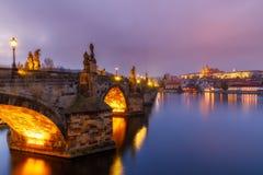 Charles most (a K A Karluv najwięcej, kamienia most, Kamenny najwięcej, obrazy royalty free