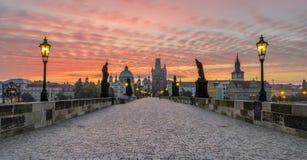 Charles most przy wschodem słońca Zdjęcia Royalty Free