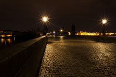 Charles most w Praga Piękny dziejowy most w Praga obrazy stock