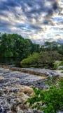 Charles-rivier vóór de zonsondergang royalty-vrije stock fotografie