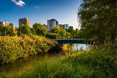 Charles rzeka przy Północnym punktu parkiem w Boston, Massachusetts zdjęcie royalty free