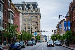 Charles Street im Stadtmitte-Belvedere, Baltimore, Maryland Lizenzfreie Stockfotografie