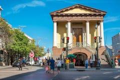 Charleston City Market är charlestonen, SC arkivbilder