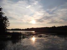 Charleston Lake bei Sonnenuntergang Lizenzfreies Stockbild