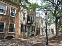 Charleston, Południowa Karolina, Maj 4, 2017, Południowy styl stwarza ognisko domowe w historycznym okręgu Charleston Fotografia Royalty Free