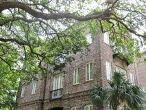 Charleston, Południowa Karolina, Maj 4, 2017, Południowy styl stwarza ognisko domowe w historycznym okręgu Charleston Zdjęcie Royalty Free