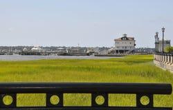 CharlestonSC, Augusti 7th: Segla hamnen från charleston i South Carolina royaltyfria bilder