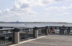 CharlestonSC, Augusti 7th: Strandponton från charleston i South Carolina arkivbilder