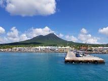 Charlestown Nevis strand & färjaterminal Royaltyfri Foto