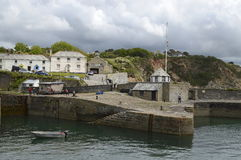 Charlestown (Van Cornwall: Porth Meur, die grote inham betekenen) is een dorp en een haven op de zuidenkust van Cornwall, Engelan Stock Foto's