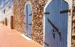Charlotte Amalie-straten in historische stad stock afbeelding