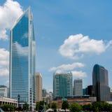 Charlotte da parte alta da cidade, Carolina Cityscape norte Imagens de Stock