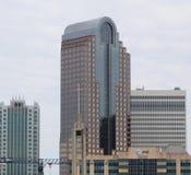 Charlotte NC Wells Fargo Bank/AT&T zdjęcie stock