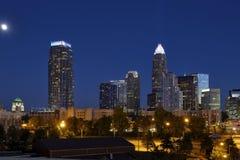 Charlotte, Nord Carolina e luna piena fotografia stock