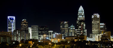 Charlotte Skyline la nuit Photo libre de droits