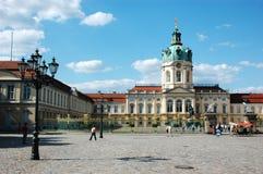 Charlottenburg-Palast mit Lampe in Berlin/in Deutschland Lizenzfreie Stockbilder