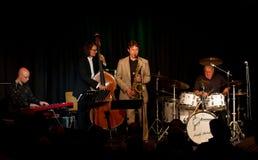 Charly Antolini, batería suizo del jazz, y su Swin Fotografía de archivo
