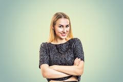 Charmant jong model in in blouse royalty-vrije stock foto's